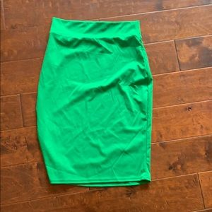 Skirts - Green pencil skirt